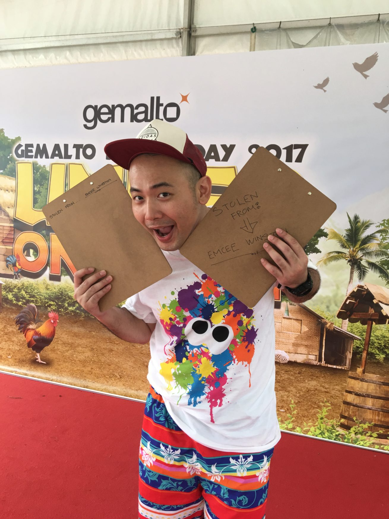 Best carnival emcee in Singapore - Winston Wei getting ready for some fun with the people from Gemalto - one of the global leaders in the field of digital security. To better understand Gemalto, check out https://www.gemalto.com/